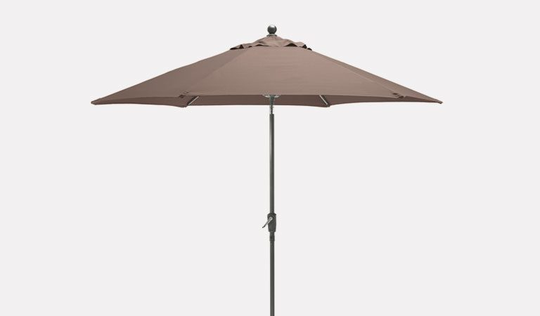 2.9m Wind-up Parasol on a grey background.