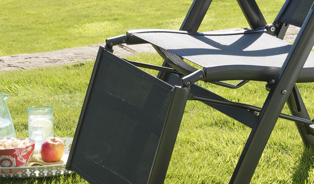 Detail of the Surf Relaxer from KETTLER's Classic garden furniture range.