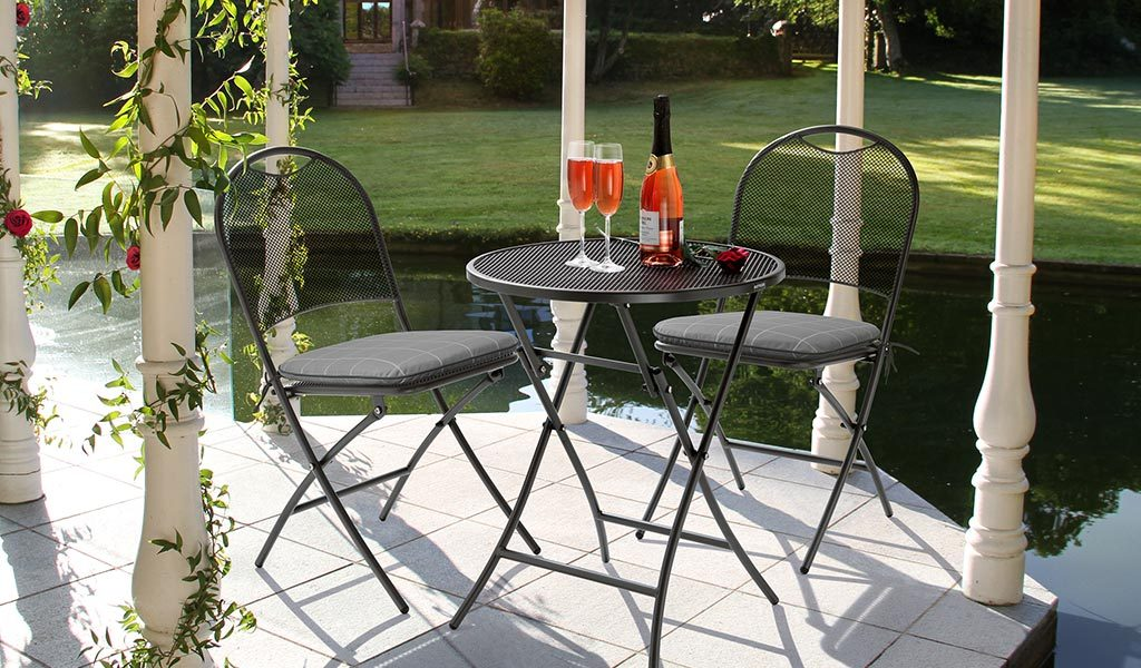 Caffe Roma bistro set in slate Check