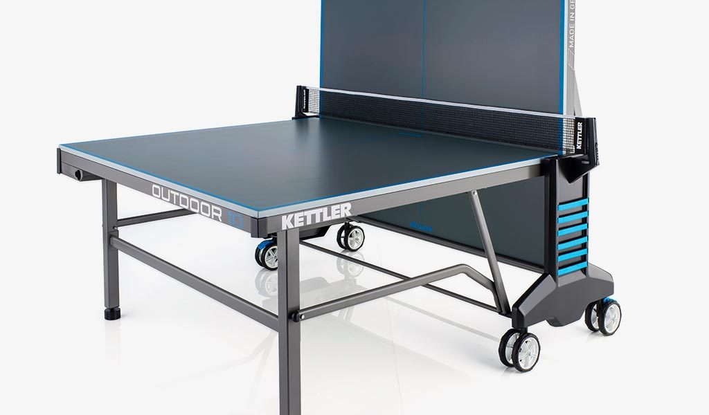 Single Player detail of KETTLER's Classic Outdoor 10 Table Tennis Table.