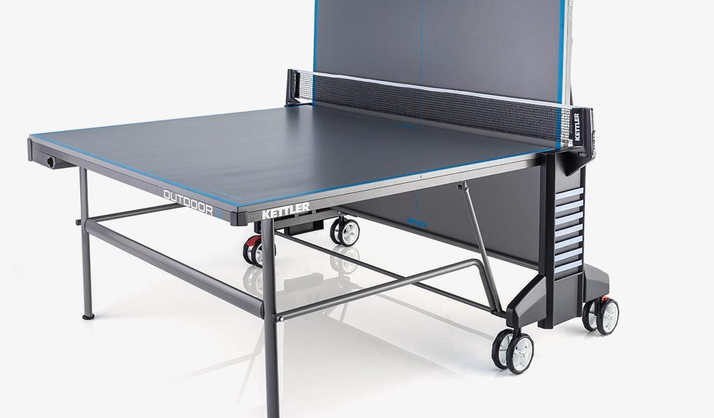 Single Player detail of KETTLER's Classic Outdoor 6 Table Tennis Table.
