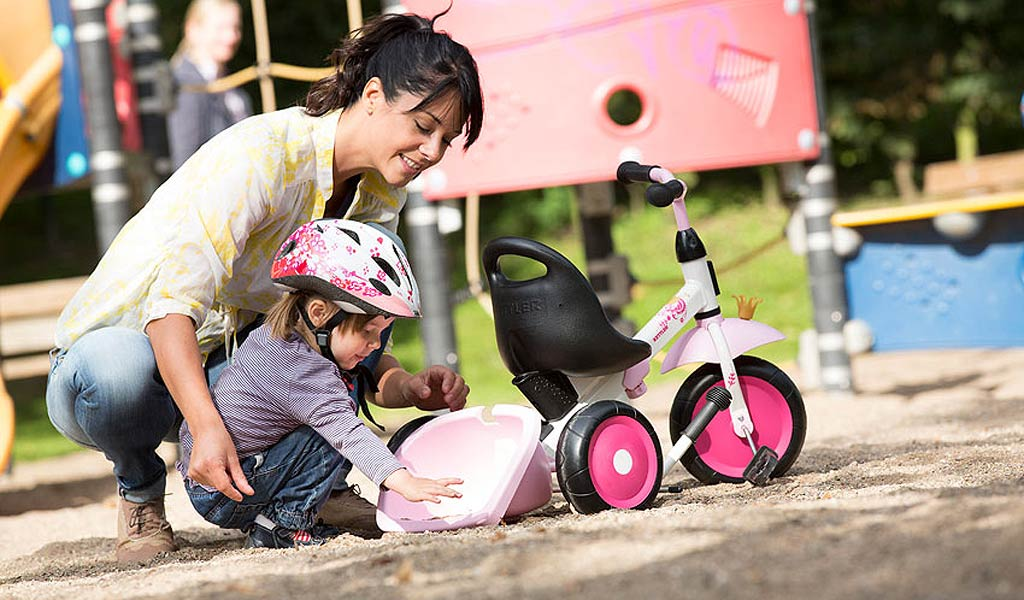 Kettler Happy Trike Princess with mother and daughter