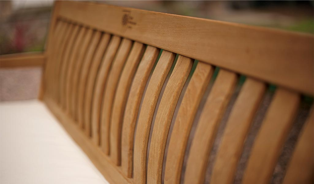 Detail of the Chelsea 5ft Bench from the RHS by KETTLER garden furniture range.