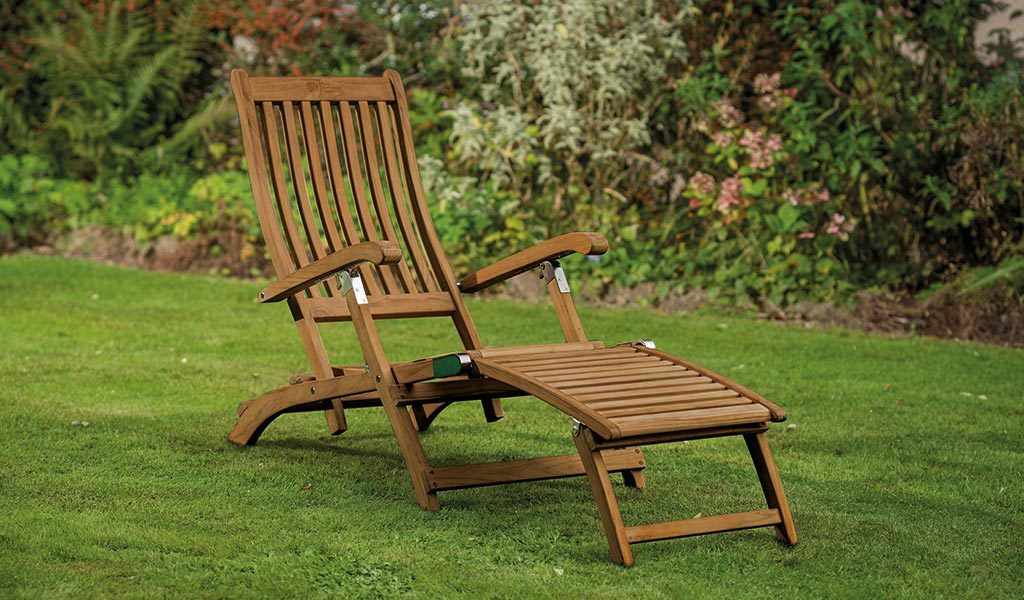 The Chelsea Steamer from the RHS by KETTLER garden furniture range on a lawn..