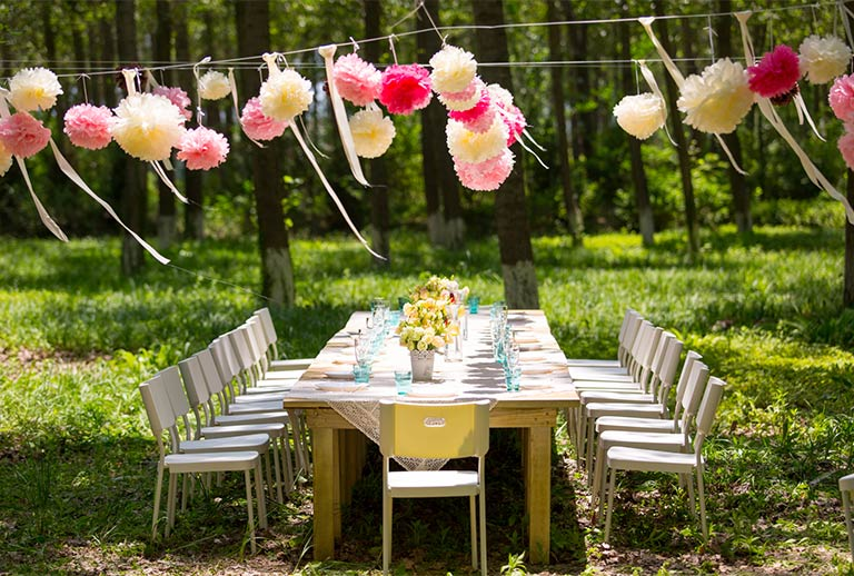 Nicely decorated table in the garden.
