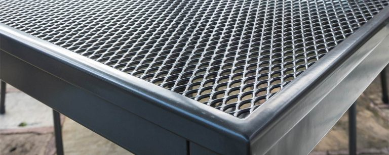 Detail of a Mesh Table.