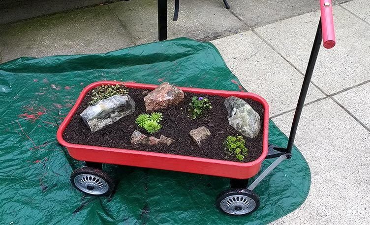 50 year old Kettler Truck turned into a mini garden.