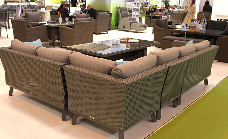 Kettler Caleta Casual Dining Set on Solex exhibition stand
