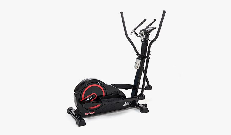 Sella Crosstrainer on a gray background.