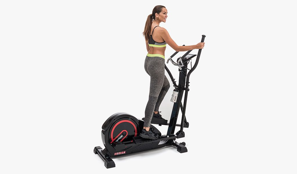 Woman exercising on the Sella Crosstrainer.