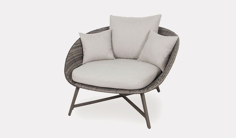 The LaMode Comfort Chair from the LaMode Kettler garden furniture range on a grey background.
