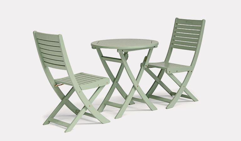 The RHS by Kettler RHS Rosemoor Bistro Set on a grey background.